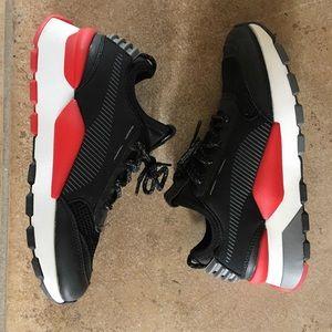 Puma R-System Shoes